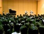 中3 ホールで歌の練習