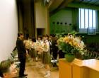 永年勤続者に花束贈呈