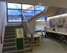 入試相談室 この階段をのぼってください