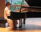 増山先生のピアノ独奏